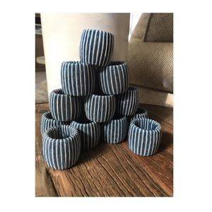 Set of 12 striped textured napkin rings